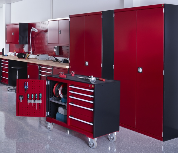 Bott Cubio garage cabinets in red and black