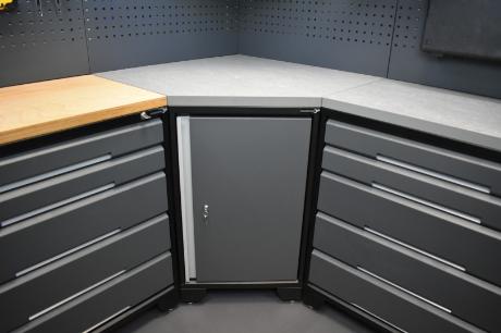 GaragePride EvoLine corner cabinets solution